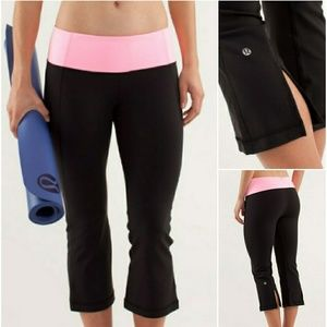 LULULEMON Gather & Crow Crop Yoga Legging